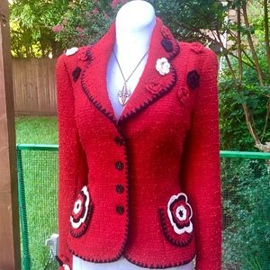Escada Jackets & Coats - ESCADA Red Boucle Blazer Crochet Rosebuds 38 6